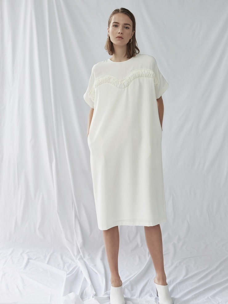 GATHERED TRIM MIDI DRESS
