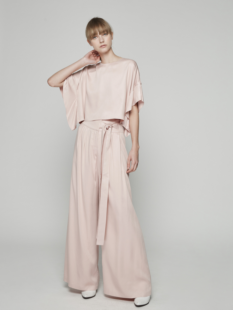 PLEATED WIDE LEGGED PANTS